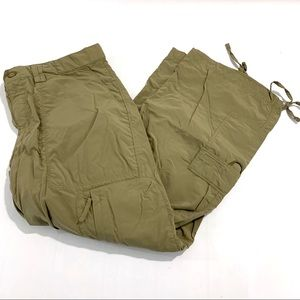 The North Face Nylon Green Cropped Cargo Pants